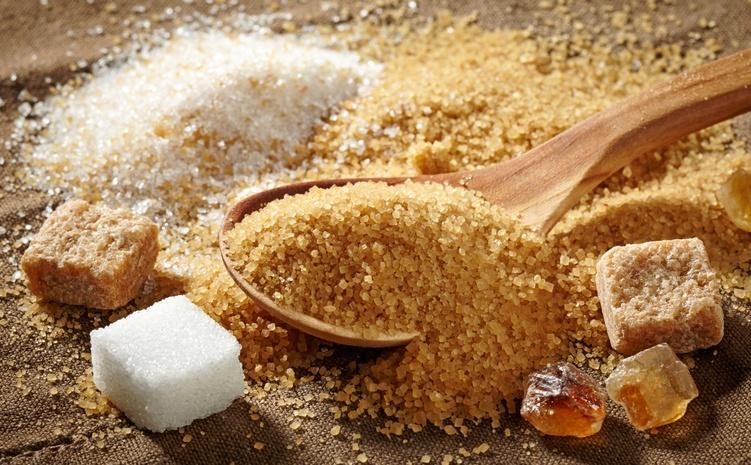 Uma forma de incluir o açúcar mascavo na dieta é adicioná-lo no lugar do refinado a receitas de bolos, pães e tortas (foto: istock)