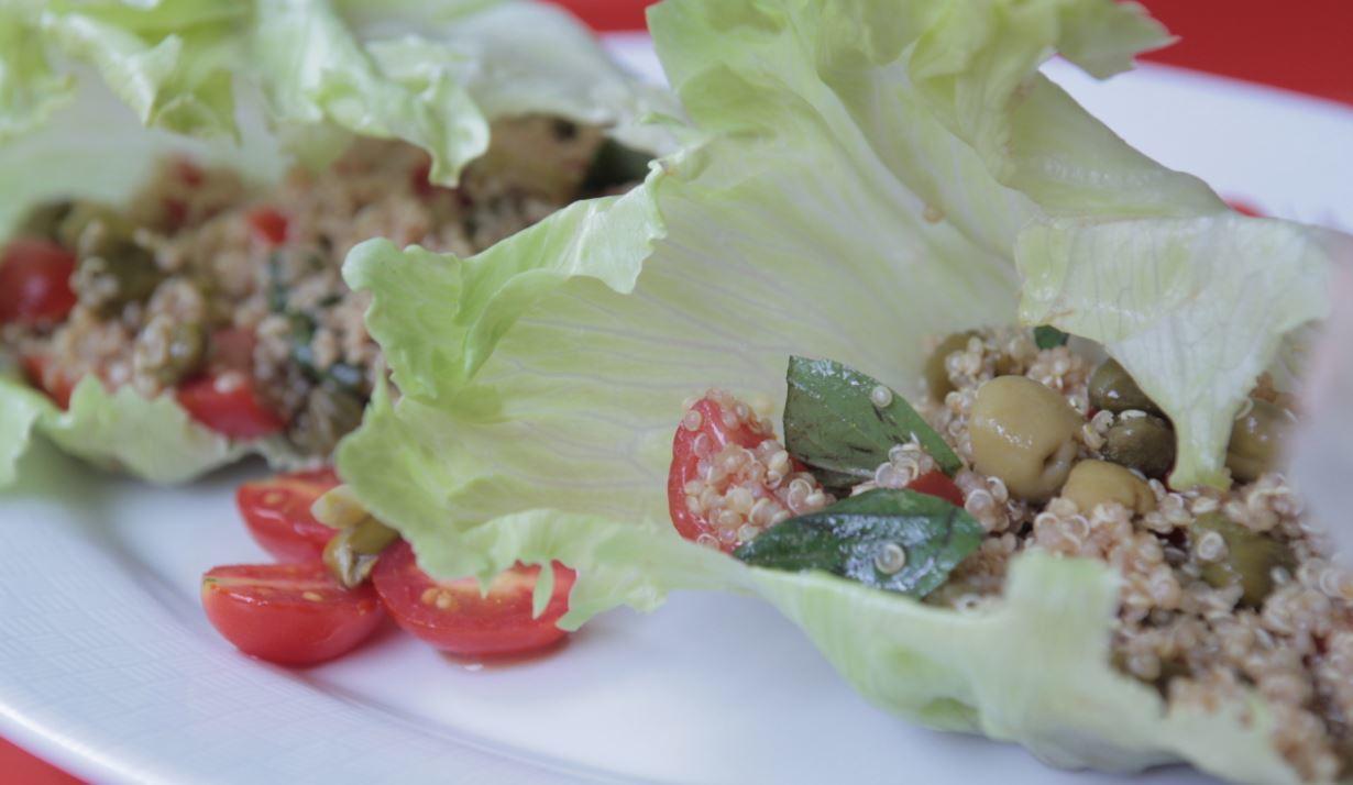 Receita de Salada de Quinoa com Alcaparras