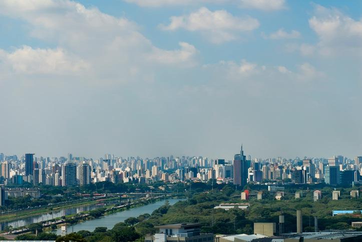 """A Cidade Universitária aparece como uma """"floresta urbana"""" dentro do caos da metrópole (foto: istock)"""