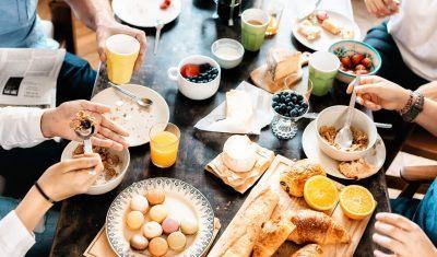 alimentação saudável durante uma viagem