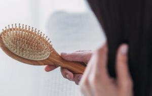 Como evitar a queda de cabelo - blog Jasmine